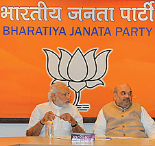 Narendra Modi and Amit Shah at the meeting of Central Election Committee of BJP