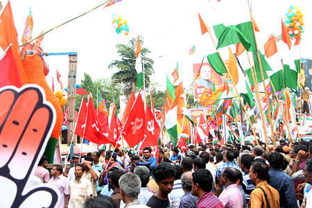Climax of the campaign at Peroorkada in Thiruvananthapuram on Saturday