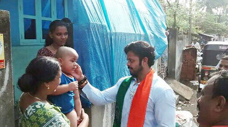 Sreesanth interacting with voters during election campaign in Thiruvananthapuram